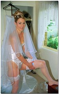 Wedding Brides -HQ- Pantyhose-Stockings Upskirt, Oops 05 + 858572359.jpg